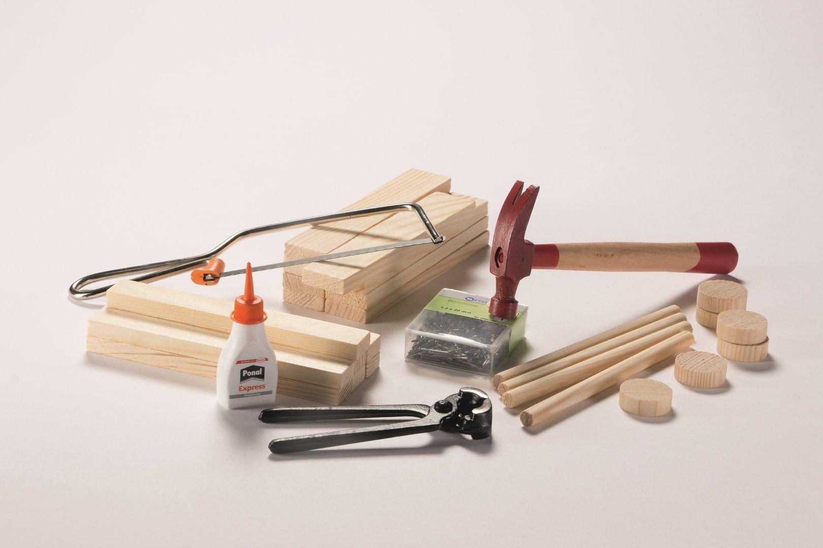 kit de construction en bois. Black Bedroom Furniture Sets. Home Design Ideas